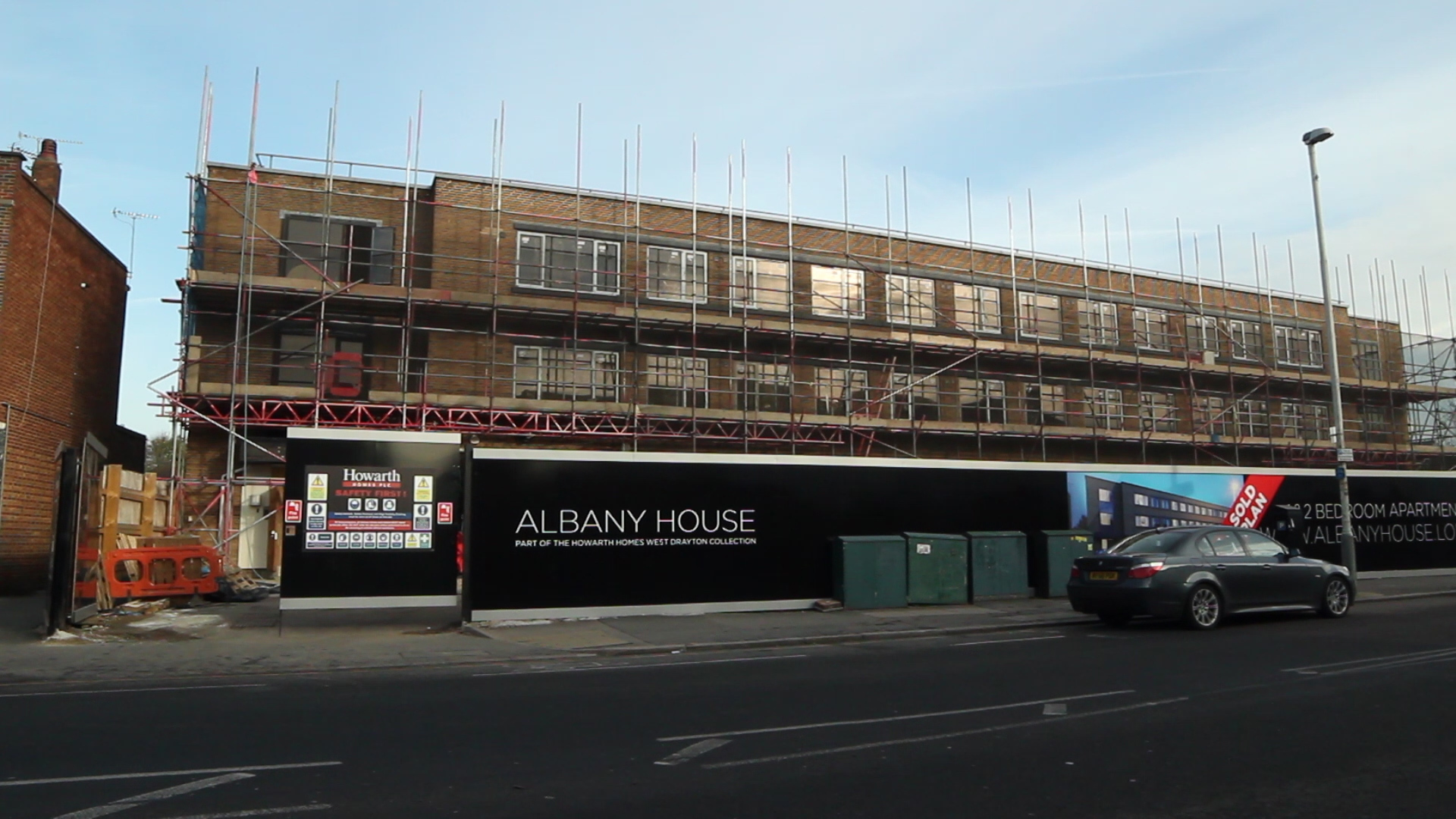 Windows curtain walling for turning offices into luxury for Albany house